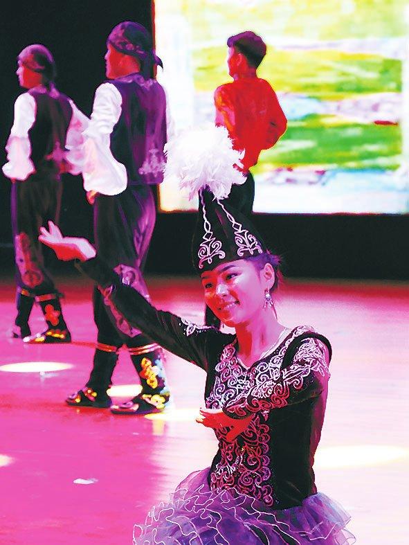 我院举行2018级新生开学典礼-黑龙江民族职业学院校报电子版