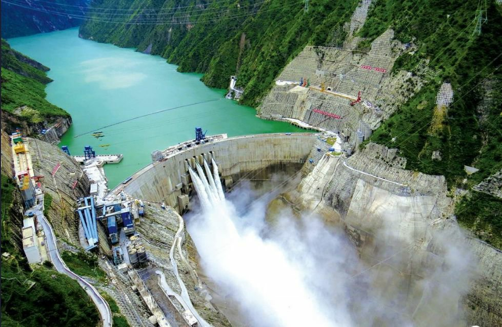 四川锦屏一级、二级水电站工程: