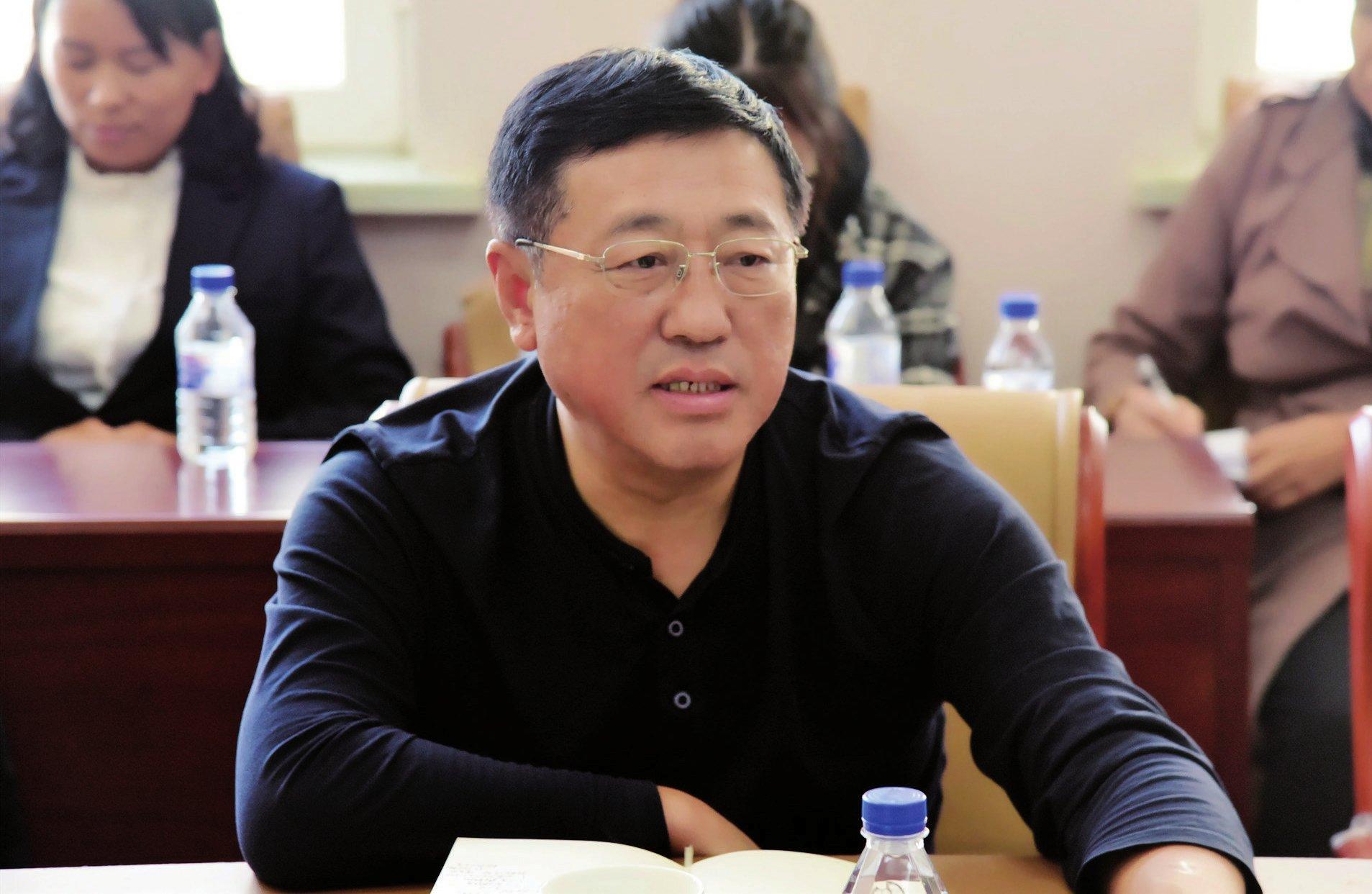 党委书记刘俊道在护理学院调研时强调要深入学习