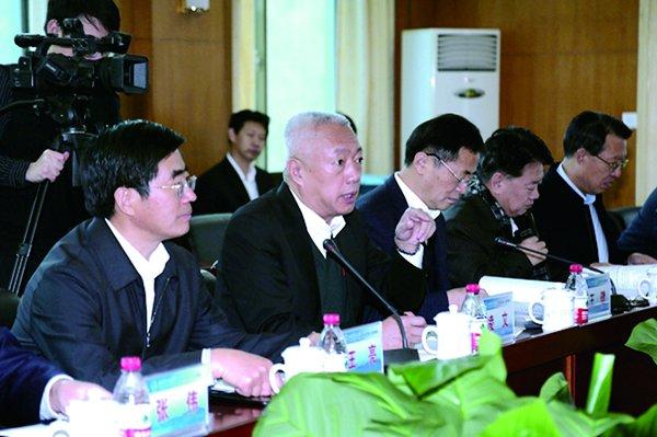 山东省副省长凌文、于国安来校区调研