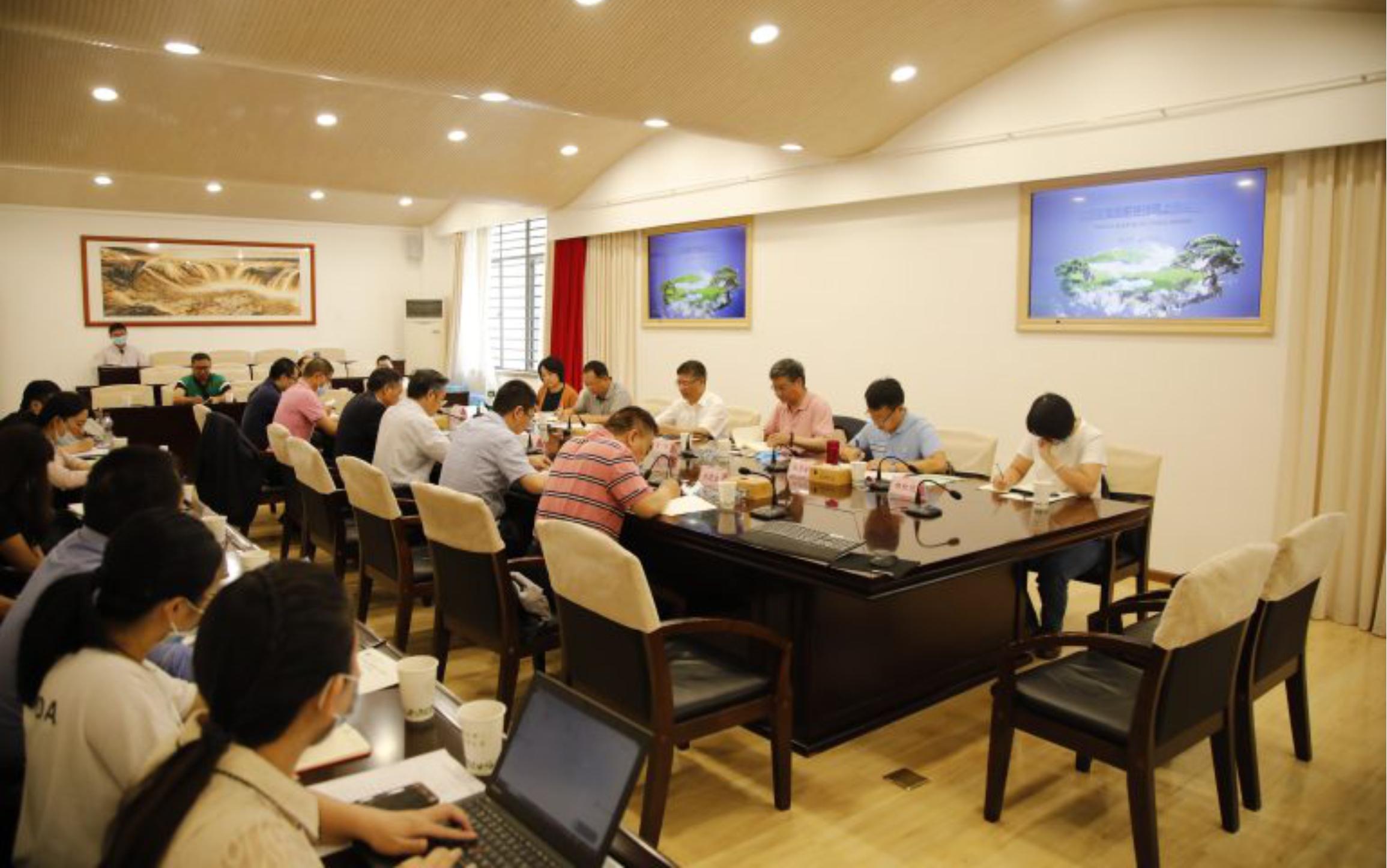 云南省生态环境厅到校调研座谈