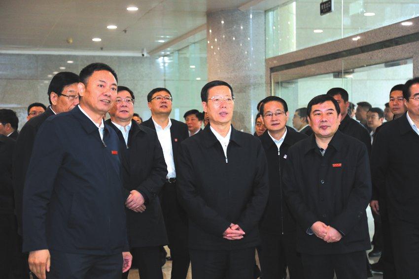 2016年4月1日,中共中央政治局常委張高麗視察我校