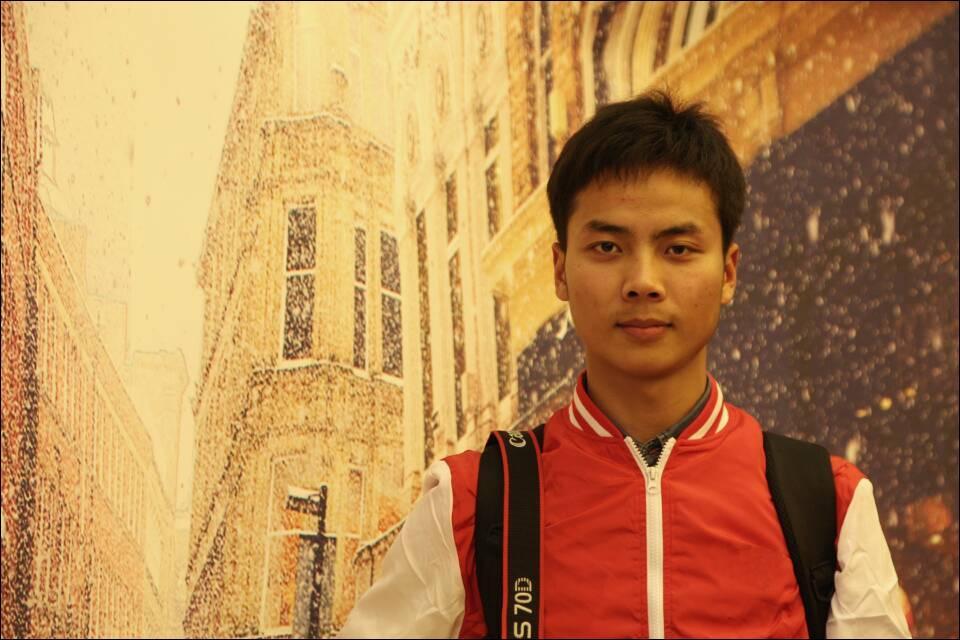 坚持梦想  脚踏实地――访安阳工学院摄影协会会长常帅