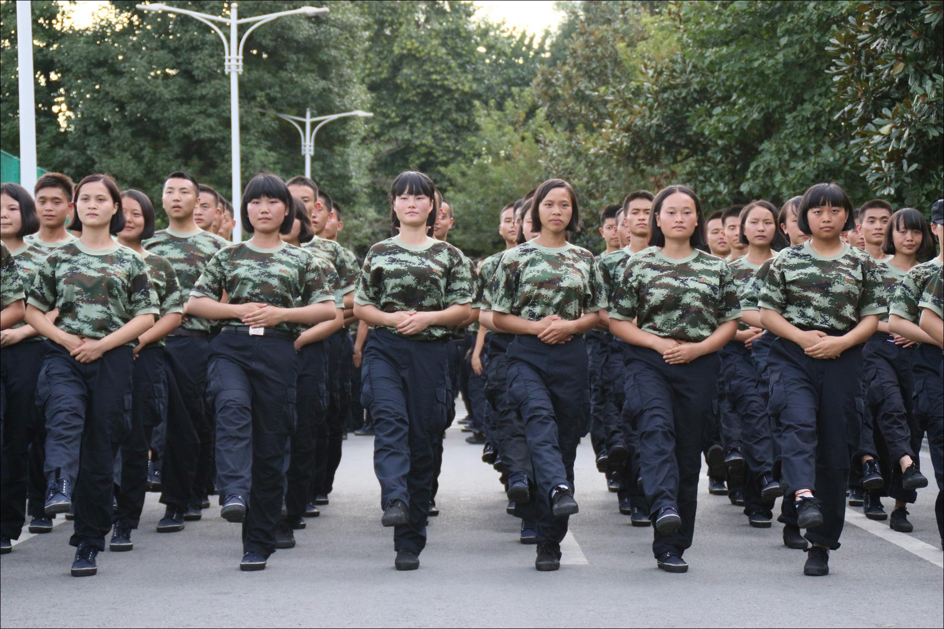 组图――百炼成钢-贵州警官职业学院校报电子版