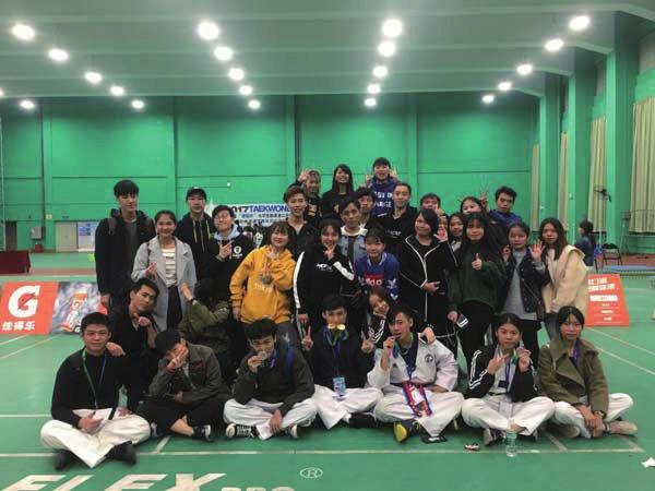 广州现代信息学院斩获大学生跆拳道公开赛两金两银三铜