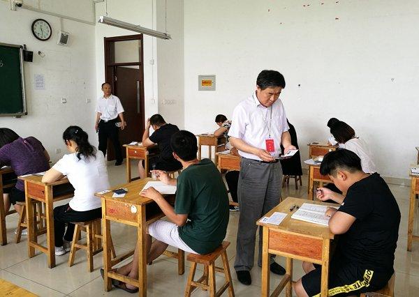 全省电大开放教育期末考试顺利结束